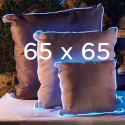 2 Light cushions 65x65