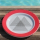 Red bermudes Plates